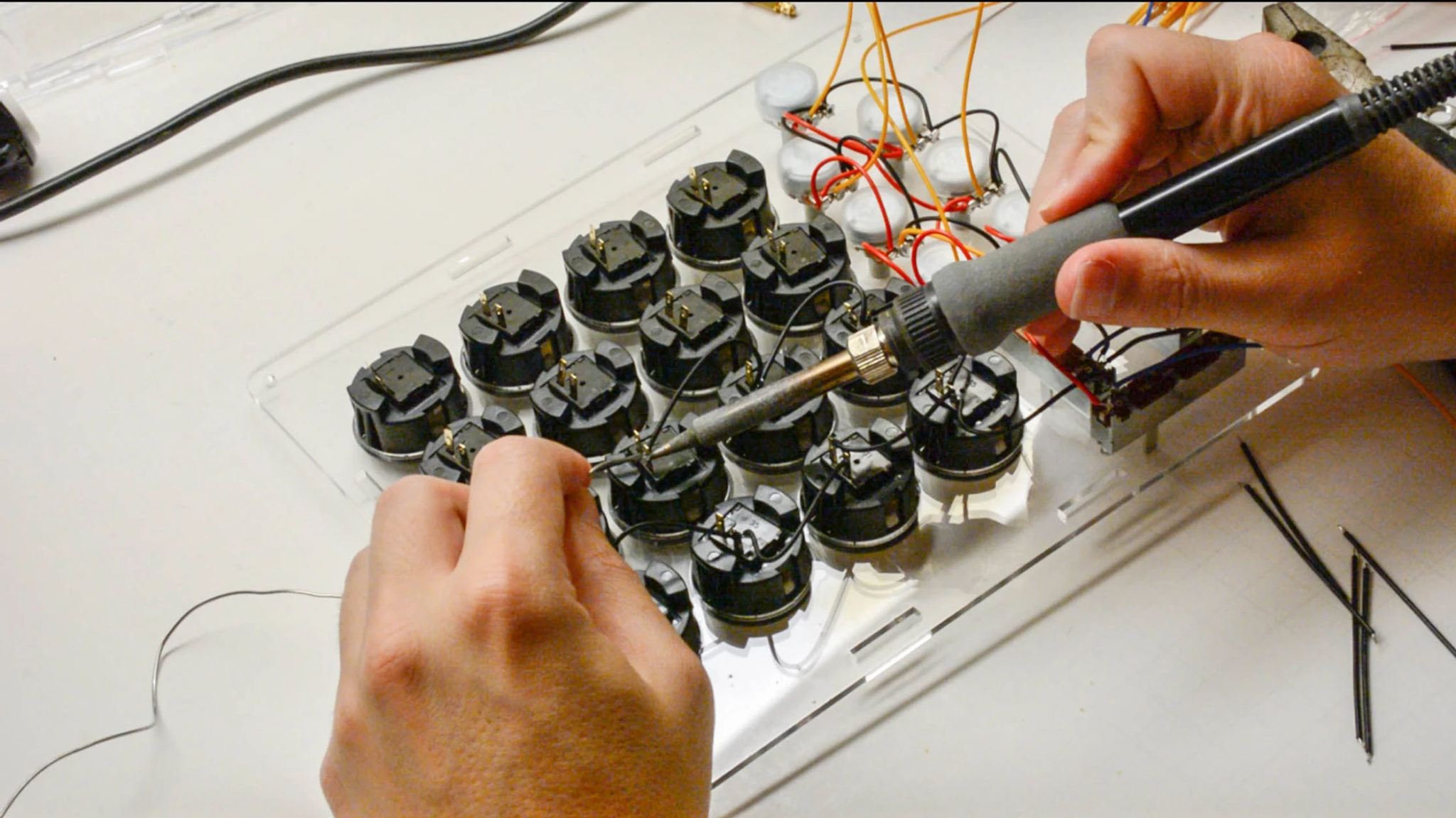 01-soldering-the-wires