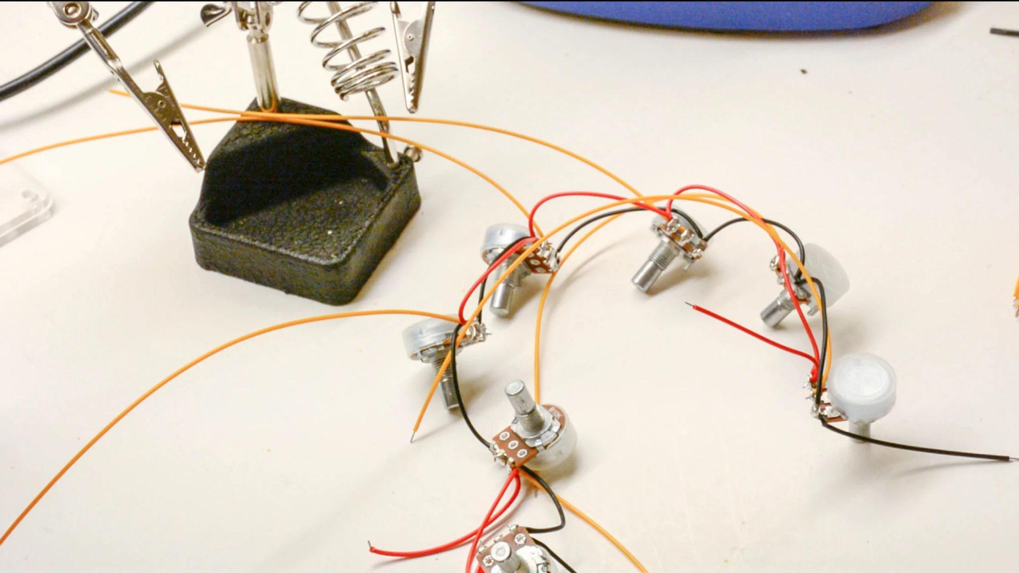 06-rotary-potentiometers